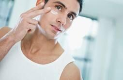 如何对抗粗大毛孔 简单几招紧致肌肤如何对抗粗大毛孔 简单几招紧致肌肤(2)如何对抗粗大毛孔 简单几招紧致肌肤(3)