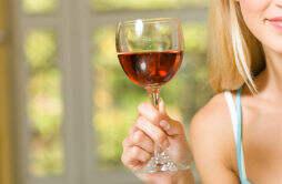 吃阿胶能喝红酒吗