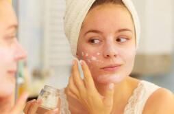 美白保湿护肤品用量